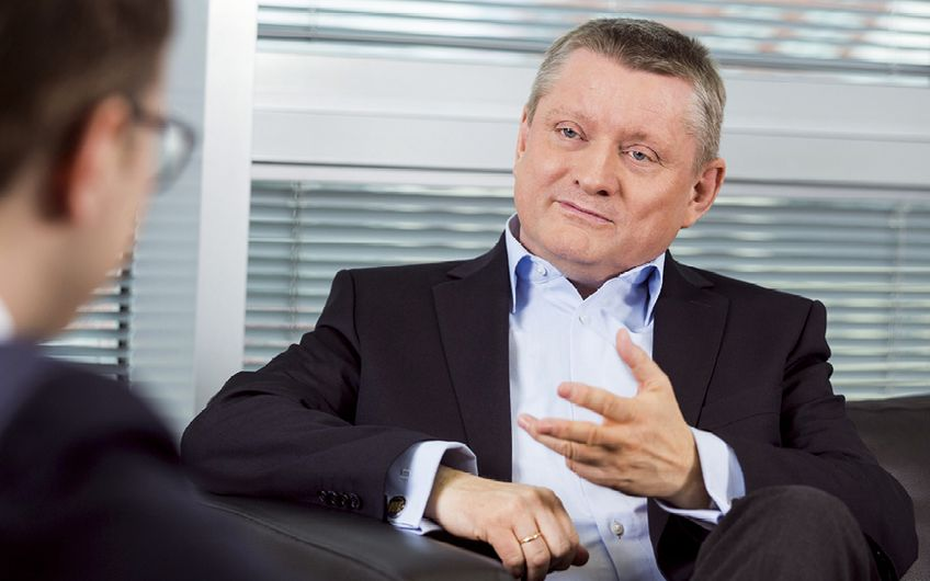 Bundesgesundheitsminister Hermann Gröhe Foto: BMG/Jochen Zick (action press)