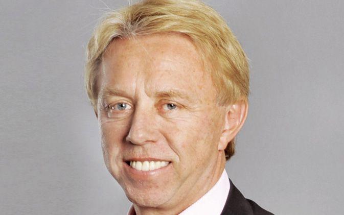 Dr. Hans E. Ulrich, Institutsleiter und Präsident  der IST-Hochschule für Management