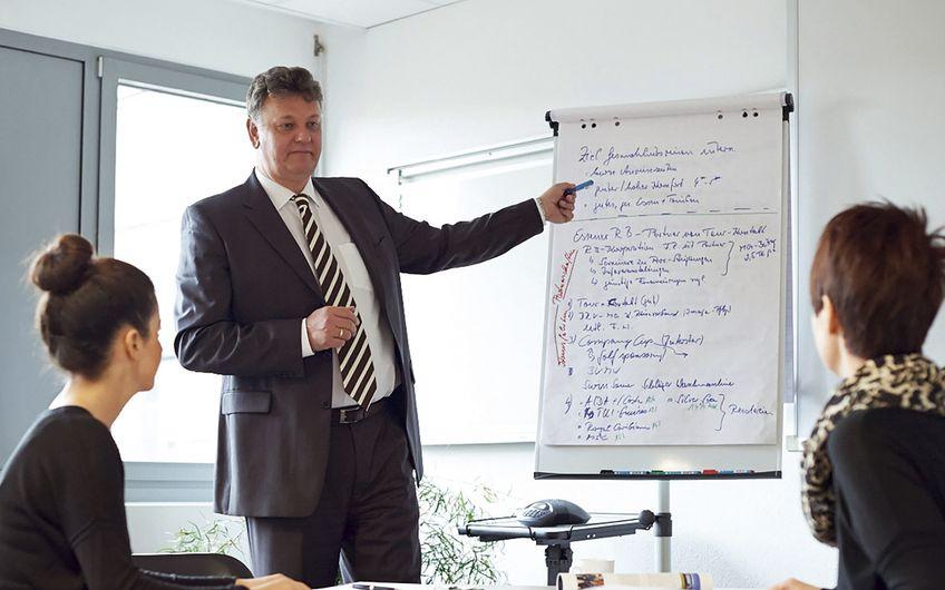 Deilmann Business Consulting: Deilmann Business Consulting: Mit vollen Segeln auf Erfolgskurs