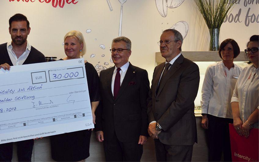 Intercity Hotel Duisburg eröffnet