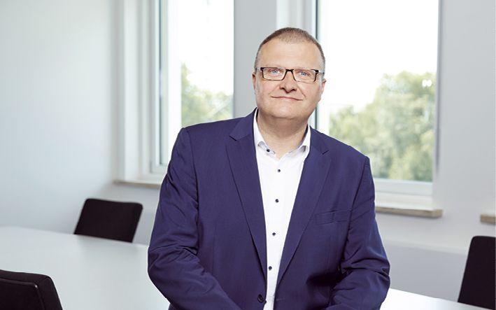 Daniel Benzenhöfer, Vorstand
