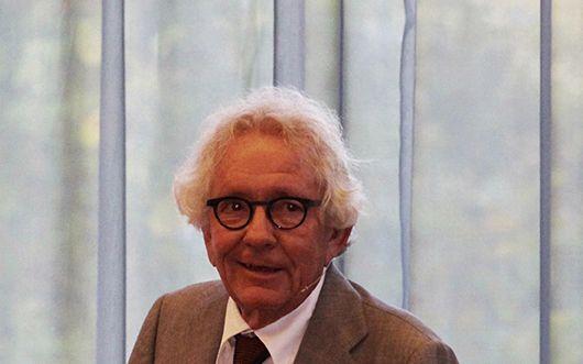 Dr. Stephan Holthoff-Pförtner