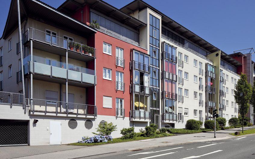 Für die GEWAG hat Knebes eine schlüsselfertige neue Senioren-Wohnanlage gebaut – natürlich barrierefrei