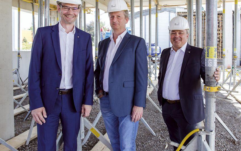 Die Geschäftsführer und Diplomingenieure Oliver Mesch, Wolf-Dietrich Spelsberg und Nikolaos Argiriou (v.l.) Foto: Wort & Lichtbild