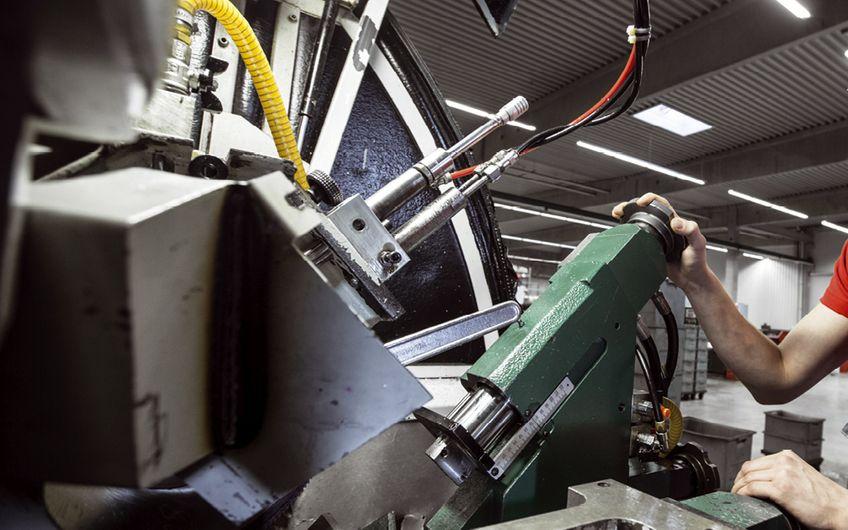 Die größten Metallbe- und verarbeiter am Niederrhein