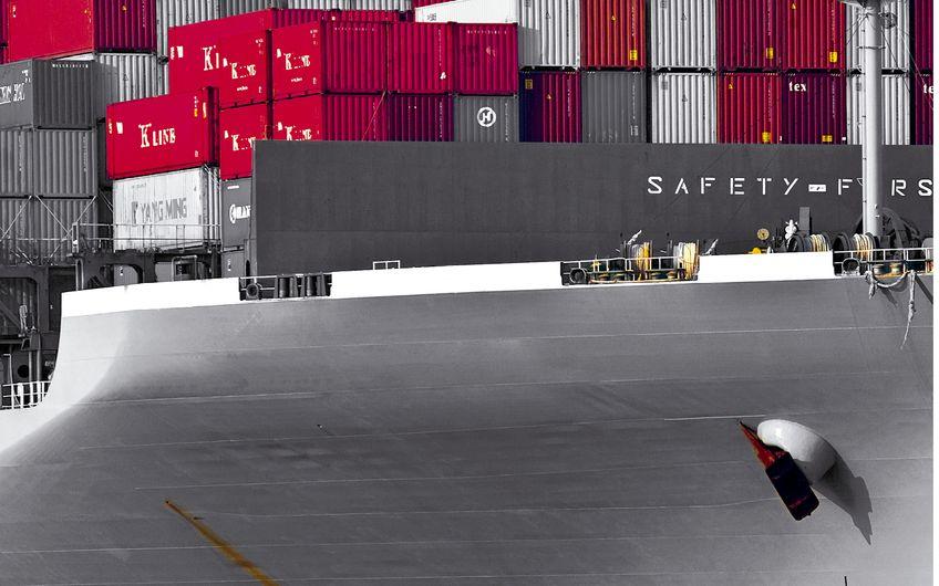 Serie – Industrieversicherungen: Transportversicherung und Incoterms®: Käufer vs. Verkäufer – Vorsicht! Zerbrechlich!