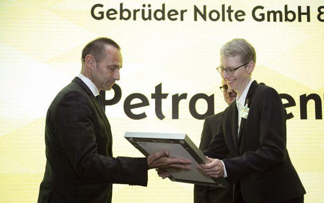 Gebrüder Nolte: Opel zeichnet die besten Händler aus