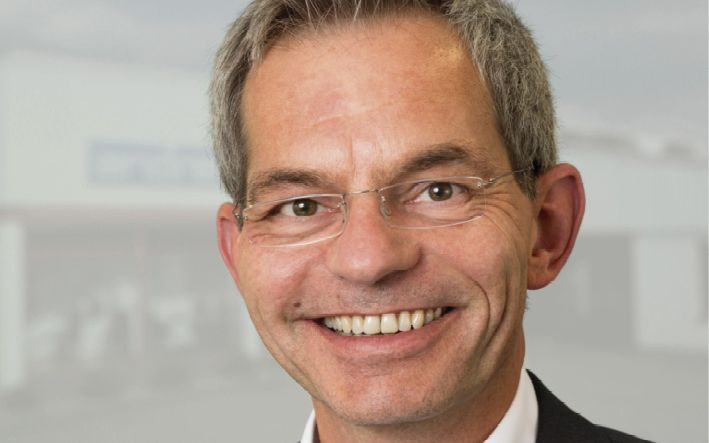 Uwe Greff vom Andree Bürozentrum Höxter ist Experte für qualifizierte Einrichtungsplanung.