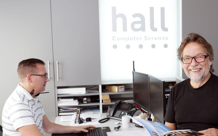 hall Computer Services | Zahnärzte und Zahnkliniken: Sicherheit durch Kompetenz