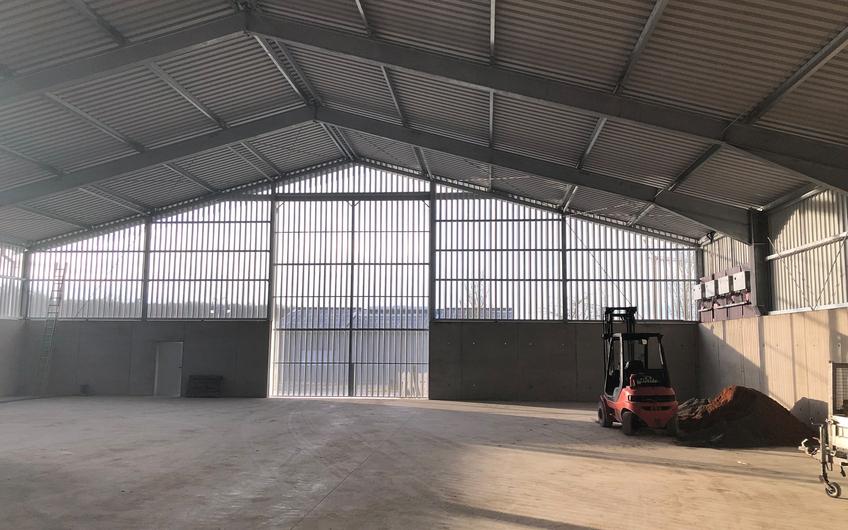 Innovativer Hallenbau mit integriertem Lüftungskonzept