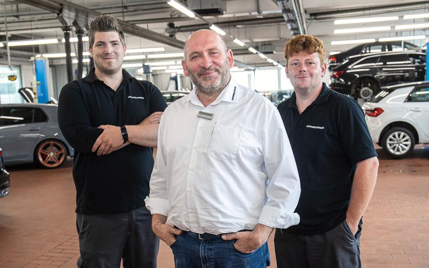 Serviceberater Raimund Langewellpoth ist Spezialist für VW Nutzfahrzeuge.