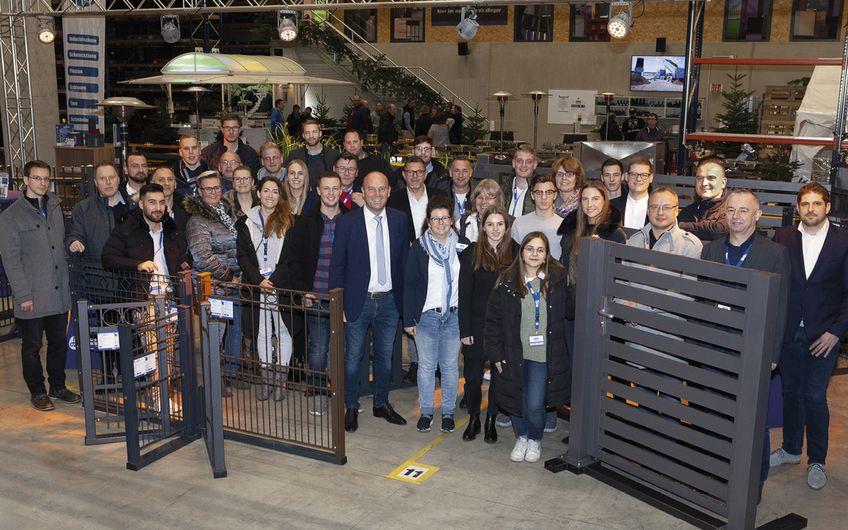 Das Team von AOS Stahl freut sich über das positive Feedback zur ersten hauseigenen Fachmesse