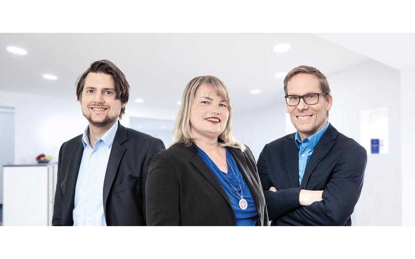 Robert Pichel, Anita Gilges und Peter Lütkenhaus (v.l.) von BLUE MOON zünden den Turbo für B2B- und B2C-Marken