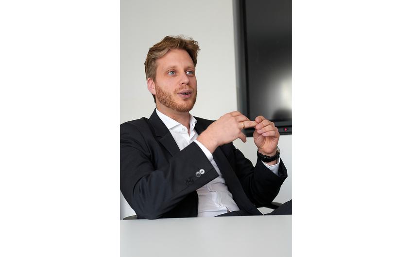 Geschäftsführer Dr. Mark Derks