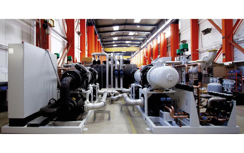 Individuelle -10 °C Tiefkälteanlage mit 2240 kW Kälteleistung.