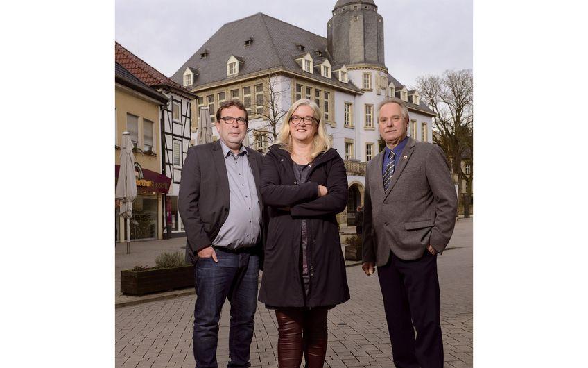 Das Führungsteam des BNI Hönnestadt:  Olaf Rappold (l.) mit Simone Lensing und Ulrich Wulf (Foto: Dunke, Studio für Fotografie)