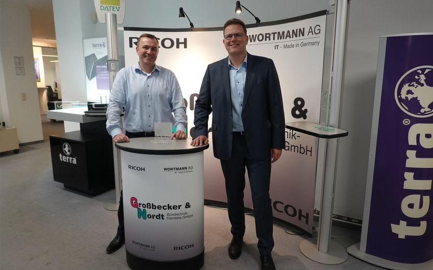 Die Geschäftsführer Marcus Großbecker und Patrick Großbecker (v.r)