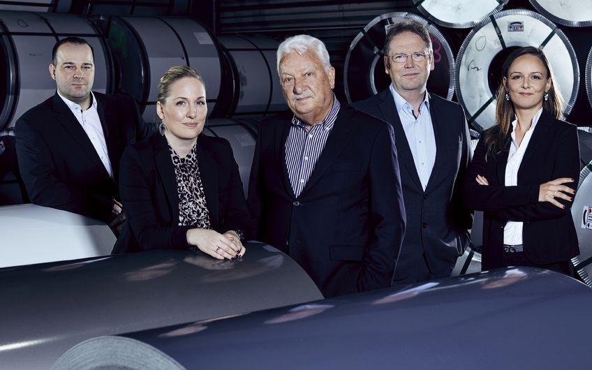 Zum Managementteam von Coilinter gehören neben Roland Strunz, Ewald Schütz und Rainer Schmitz auch Carmen Schütz im Vertrieb sowie Carola Schütz, zuständig für die Finanzen (v.l.)