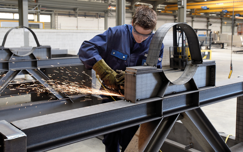 Ossendorf Stahlbau: Begeistert von tonnenschweren Herausforderungen