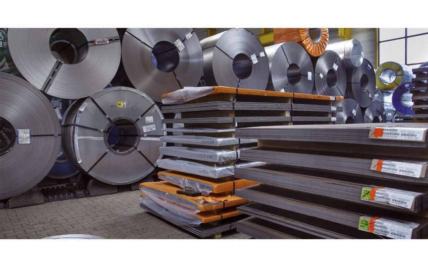 Ursprung der OLS ist die Verschiffung von Stahl, wo das Unternehmen heute führend im Westen Deutschlands unterwegs ist (Foto: Siegfried Dammrath)