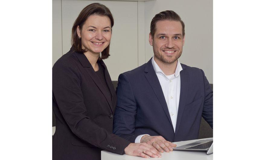 Vertriebsinnendienstleiterin Edith Fitzek mit Alexander Braun, Vertriebsaußendienst
