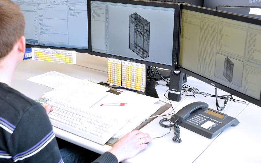 Schaltschrankplanung in E-Plan der BU-Automation als Teil der Omexom Smart Technologies