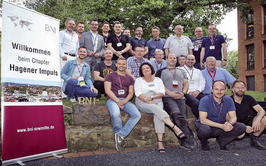 Das BNI-Team Hagener Impuls trifft  sich jeden Freitag zum Netzwerken (Foto: Alexander Wrobel)