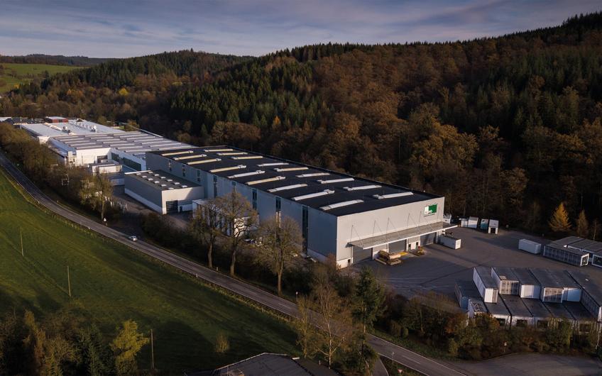 Die ALHO-Raumfabrik: Hier werden jährlich rund 20.000 Module mit circa 200.000 Quadratmetern Fläche gefertigt
