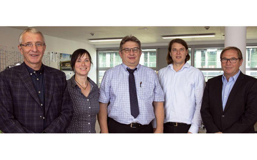 Herr John, Herr Lüthje, Herr Lorenz, Frau Haberland (SIG), Herr Urra (v. r. ) (Foto: Wort & Lichtbild)