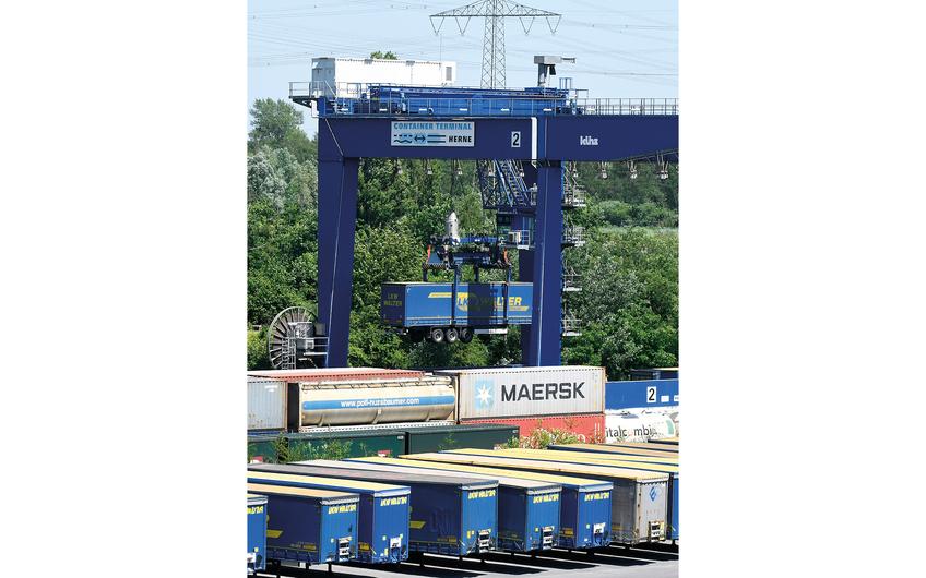 Wanne-Herner Eisenbahn und Hafen GmbH: Spezialist für Trailerverkehr