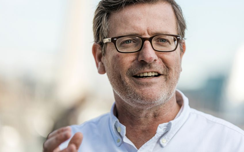 """Martin Goertz: """"Nach Ende der Corona-Pandemie können Firmen mit professionellen Videokonferenz-Lösungen die Anzahl ihrerGeschäftsreisen und insbesondere von Flugreisen entscheidend reduzieren."""" (Foto: Jochen Rolfes)"""