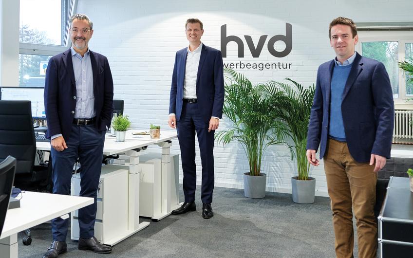 Richard Lacek-Herbrand (Geschäftsführer Herbrand Gruppe), Daniel Hennig (Geschäftsführer hvd-Werbeagentur) und Sven Ingenpaß (hvd-Agenturleiter) (v.l.)