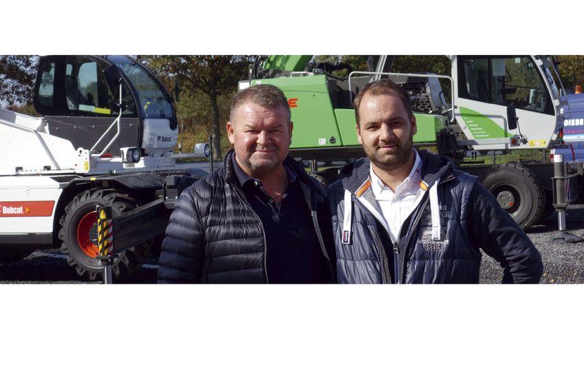 Firmengründer Karl-Heinz Strack (li.) führt das Unternehmen gemeinsam mit seinem Sohn Sebastian Strack