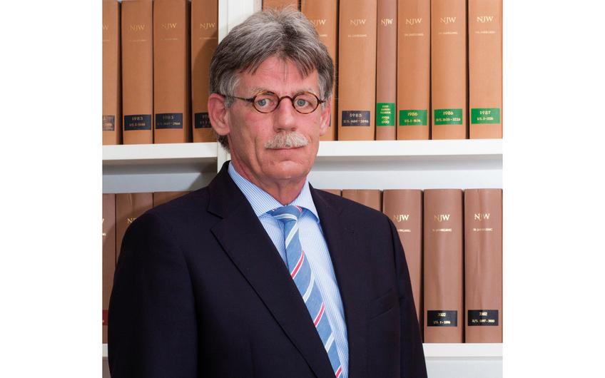 Derk Röttgering ist Gesellschafter der Kanzlei BRSH Rechtsanwälte in Gescher und Velen sowie Fachanwalt für Verkehrs-, Straf- und Arbeitsrecht. Fragen beantwortet er gerne unter: info@brsh-gescher.de